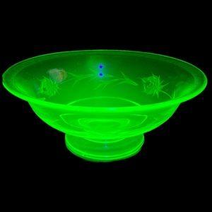 Depression Glass Gold Gilt Pedestal Bowl Uranium